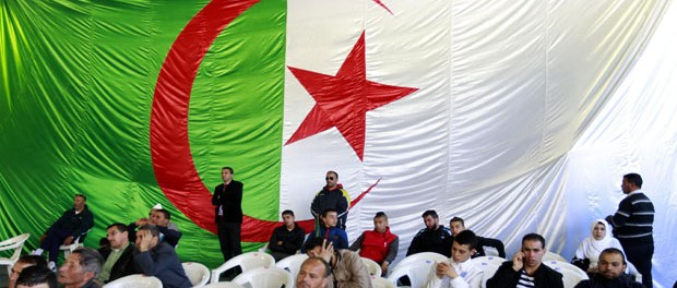 algerian_flag001-e1471873672698